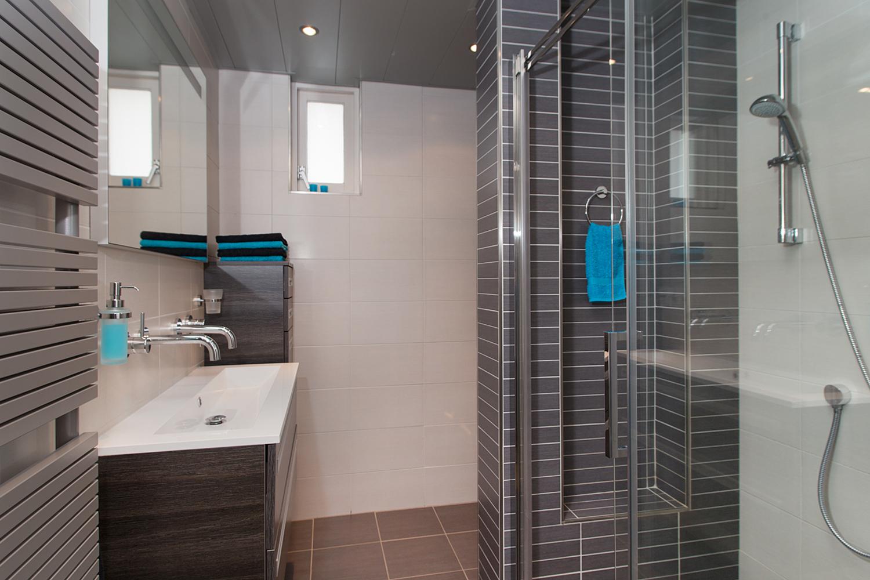 Badkamer tom jansen bouwbedrijf